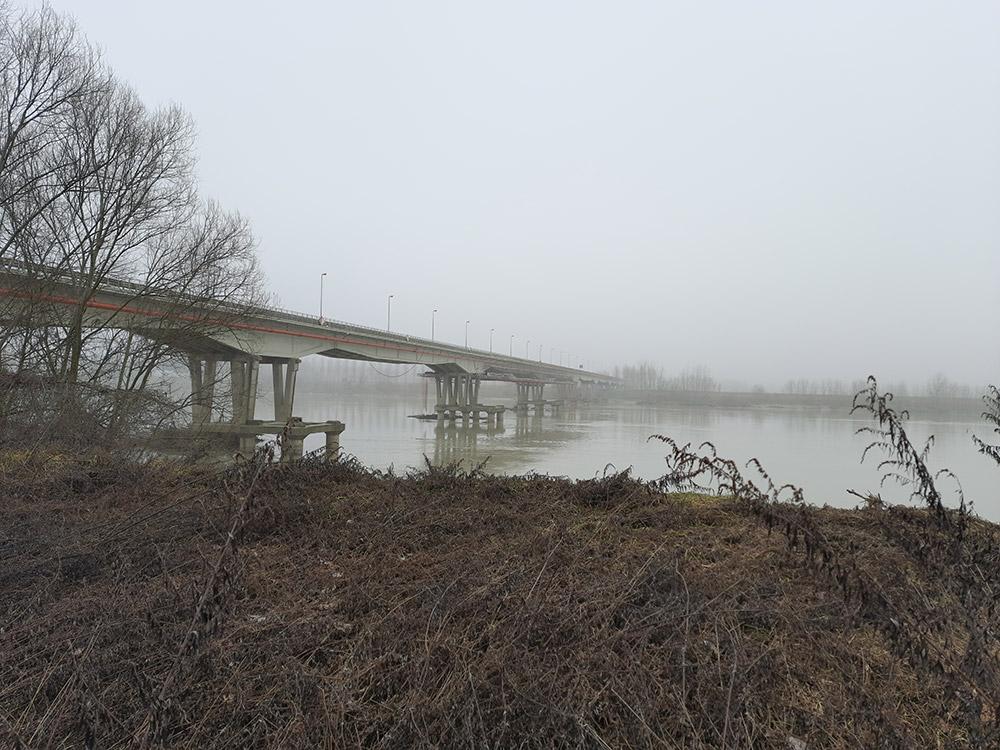 Ristrutturazione ponte sul Po di Pieve Porto Morone Valori Scarl