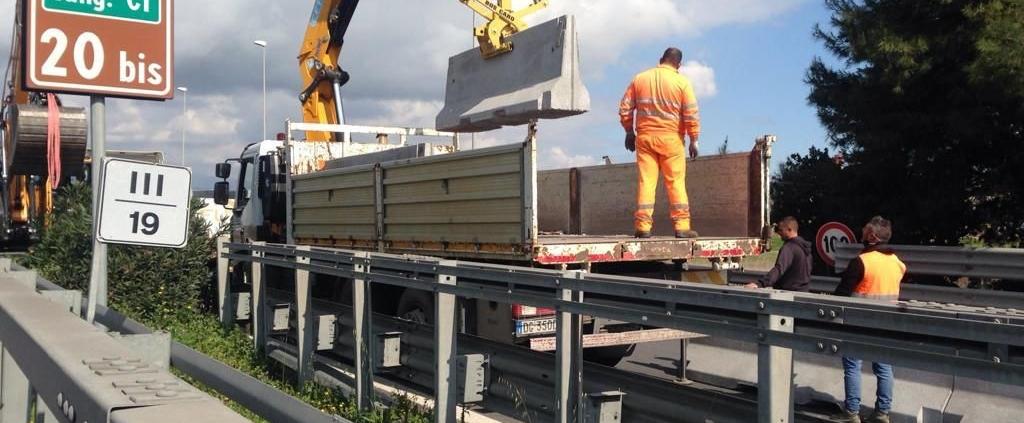 Barriere spartitraffico installazione in Tangenziale Ovest Catania